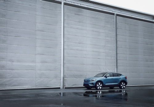 Volvo goes electric with its all-new C40 Recharge