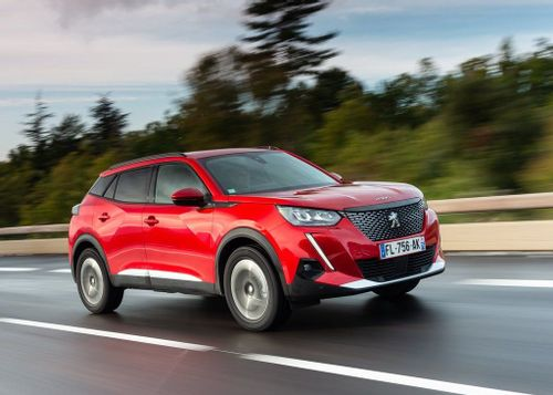Peugeot 2008 wins 2021 South African Car of the Year